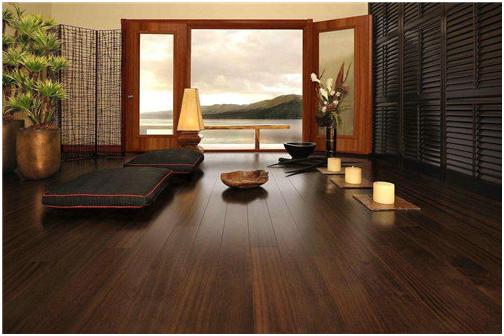 安徽隆锦装饰-铺地板前地面要吸尘吗 怎么铺设木地板