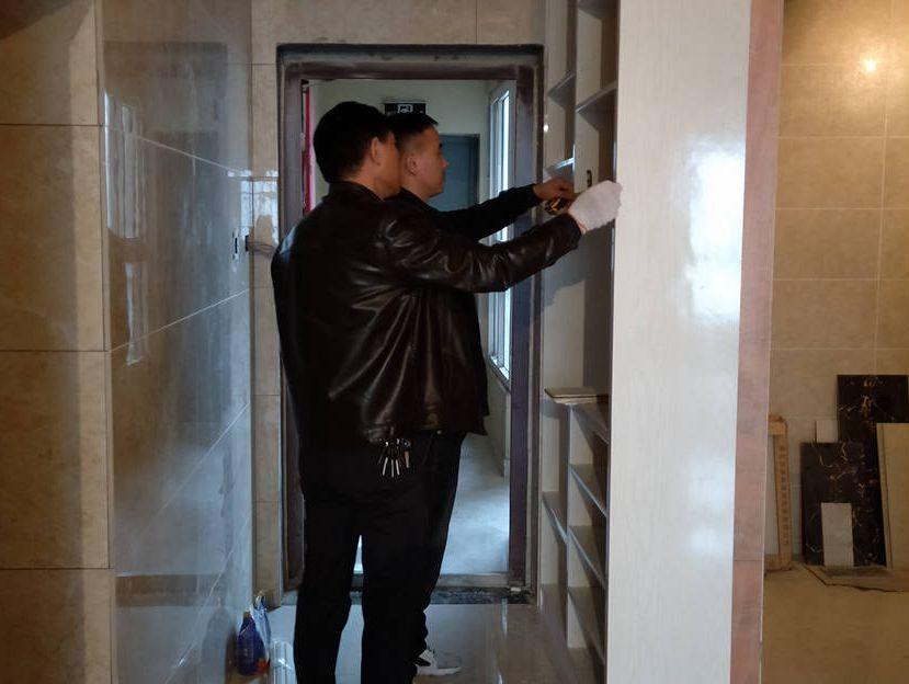 六安绿健装饰分享总经理直管工地用心篇(一),柜门定制和原顶铲除 云河湾