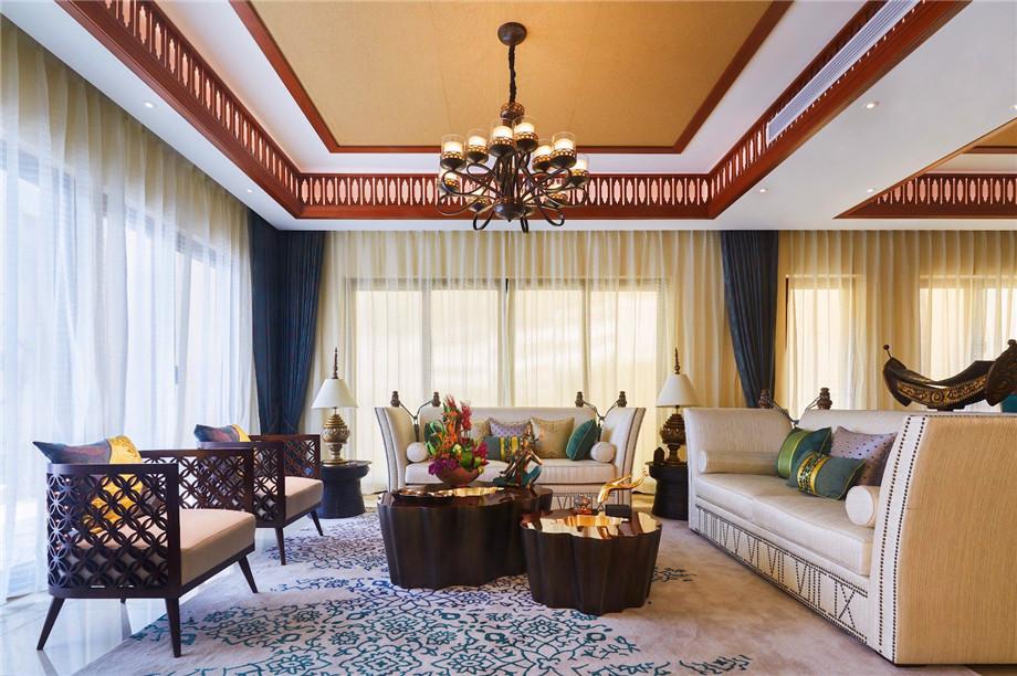 石家庄创宇装饰与您分享家居玻璃窗的特点和保养方法