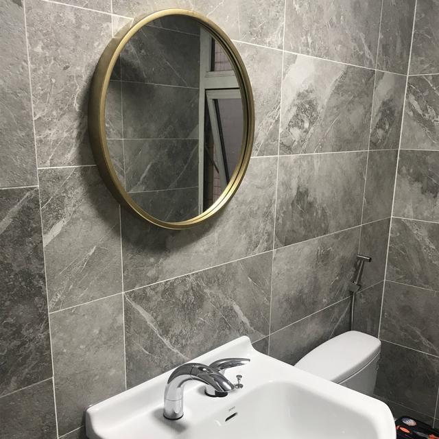 卫生间的镜子选择别太随意 最好带上这三种功能 来看看吧!