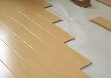 沈阳旧房翻新中先安木门还是先铺地板呢?