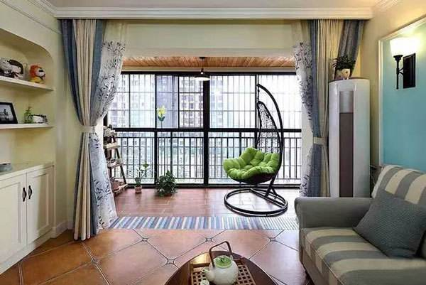 阳台与客厅间装门隔断的四大好处