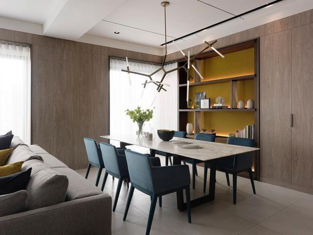 现在客厅流行这么装 沙发不靠墙的7种设计