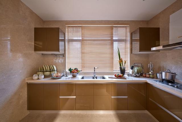 厨房的照明这样布置 做饭也能做出高逼格