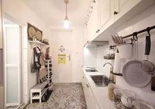 57平北歐風小戶型復式二居室,特別喜歡玄關地面的花磚設計!